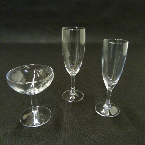 flûte et coupe à champagne